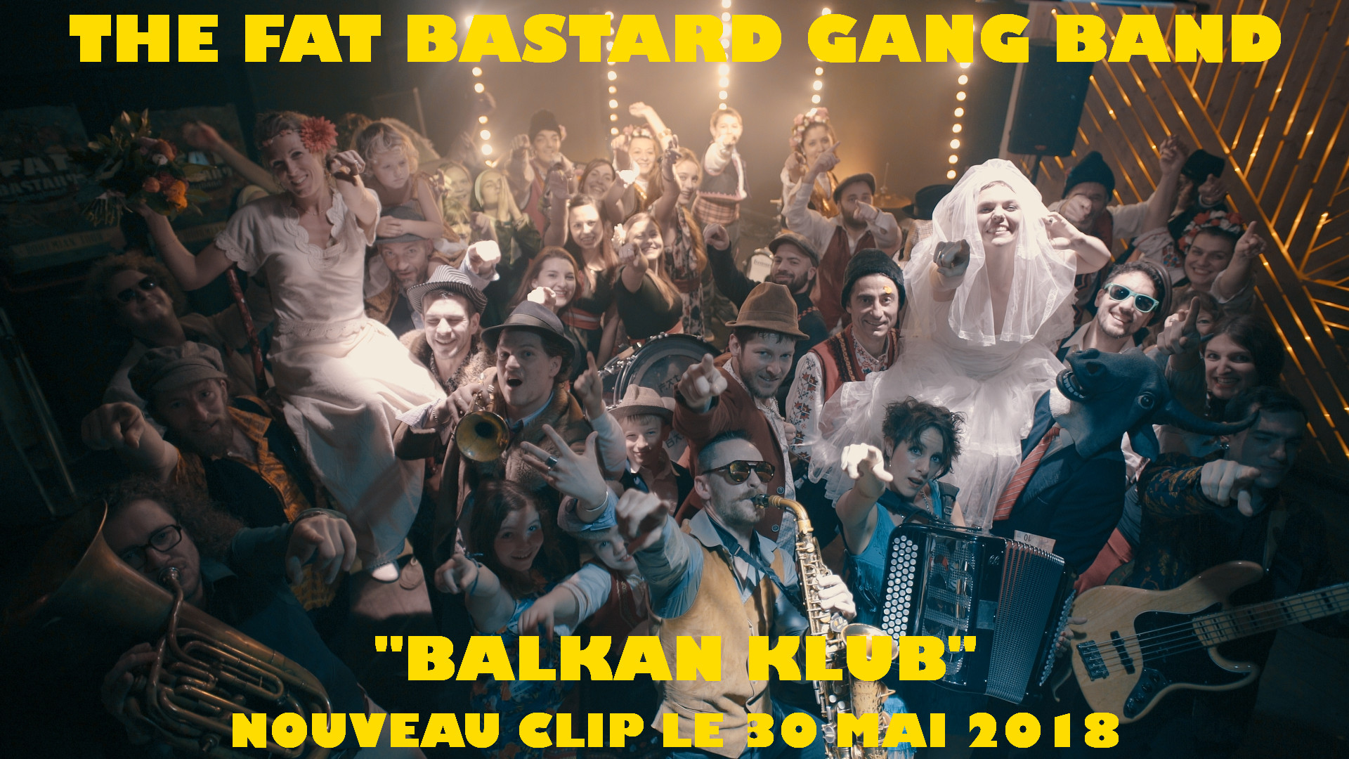 photo de fin de tournage du clip balkan club